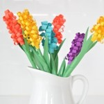Цветы-гиацинты из цветной бумаги своими руками для мамы