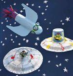 Поделки ко Дню космонавтики (ракеты, летающие тарелки, шатлы и марсиане) в детском саду и школе