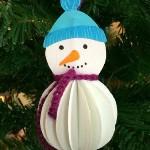 Игрушка снеговик из бумаги на ёлку своими руками