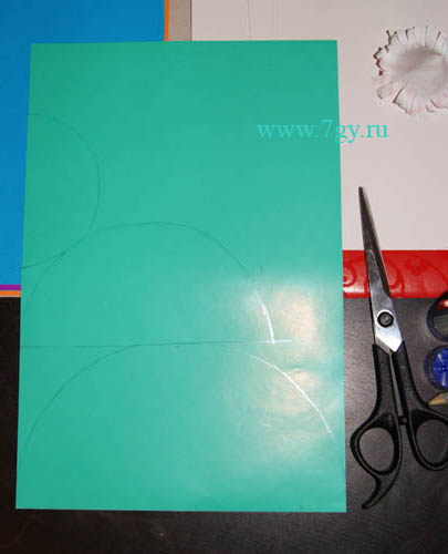 Мастер-класс Елочка из цветной бумаги