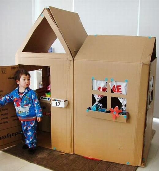 Домик для из коробки