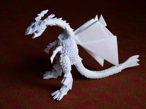 Дракон оригами из бумажных