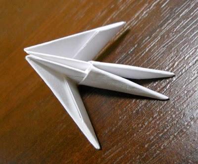 Оригами лебедь из треугольных модулей - схема сборки и мастер-класс