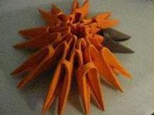 Тигр Тигруля из треугольных модулей оригами